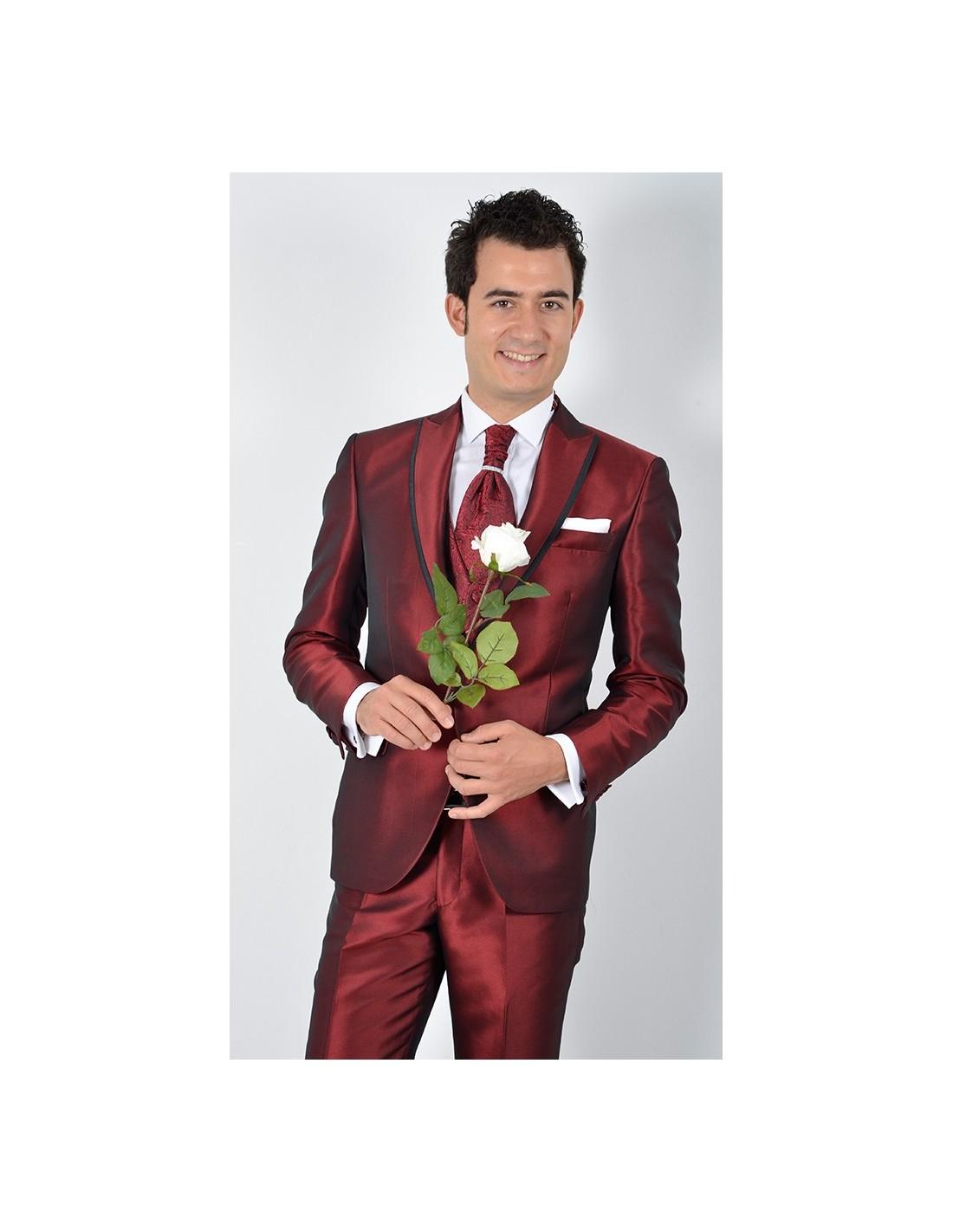 Abito Matrimonio Uomo Rosso : Abito sposo rosso lucido uomo gente moda